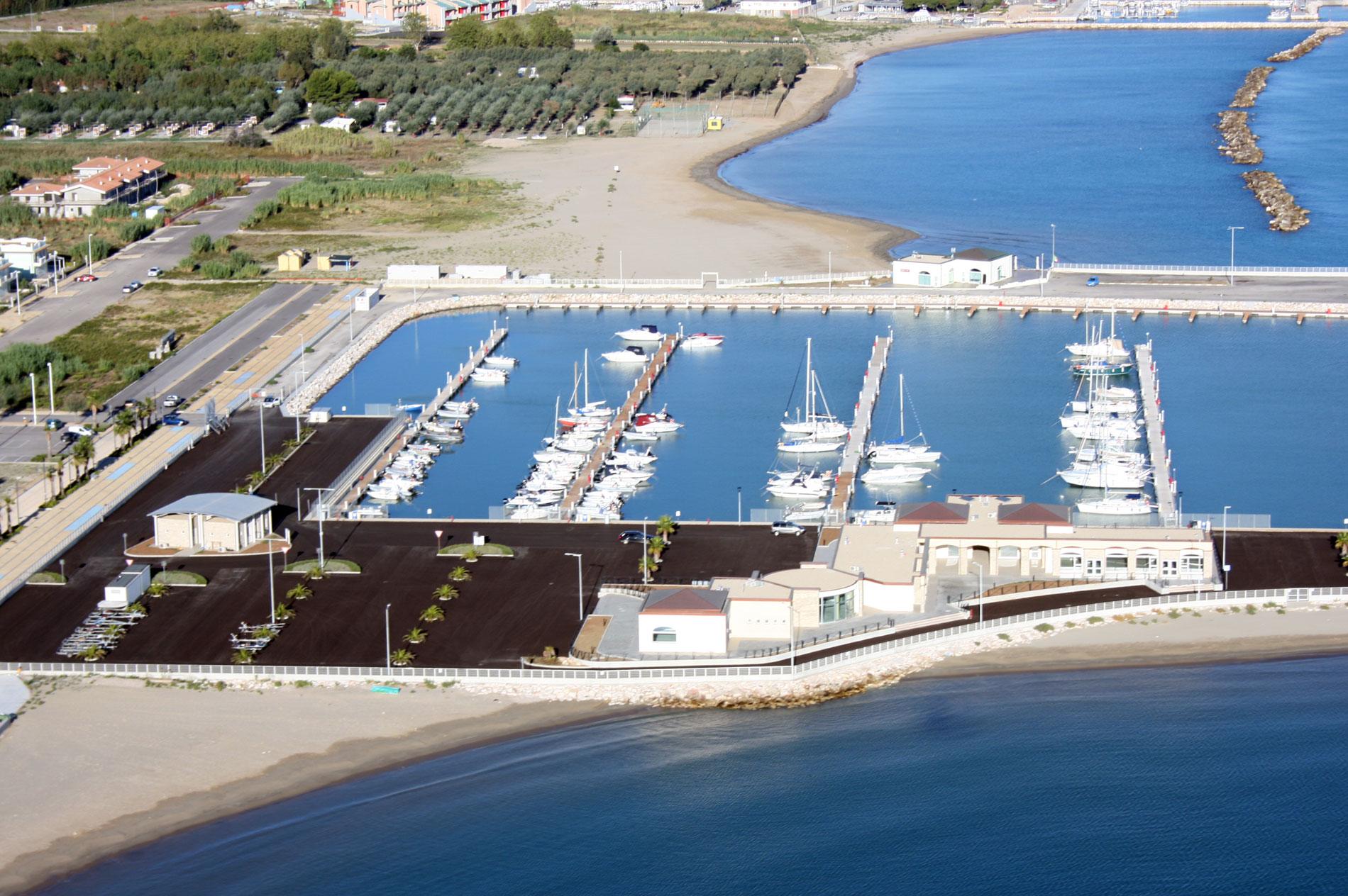 Porto-turistico-Marina-Sveva-Molise-H03