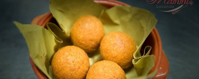"Recipes from the territory: ""Pallotte casce e ova"" (cheese and egg balls)"