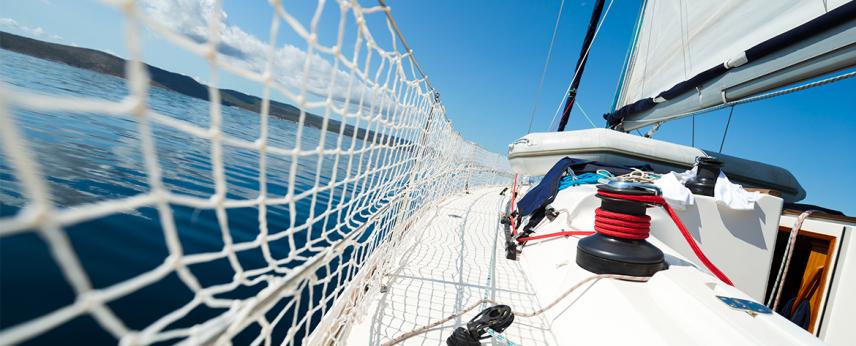 Lighthouse Charter: la tua crociera in barca a vela